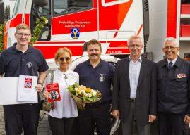 """Reisebüro Elz als """"Partner der Feuerwehr"""" ausgezeichnet"""