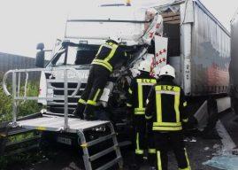 LKW-Unfall auf der Autobahn