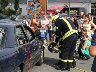 Gute Resonanz am Feuerwehr-Aktionstag bei REWE Kauferstein 2