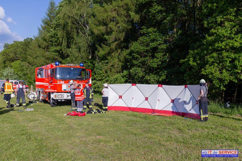 25.05.2019 17:48 Brandeinsatz und TH nach Flugunfall Flugplatz Elz