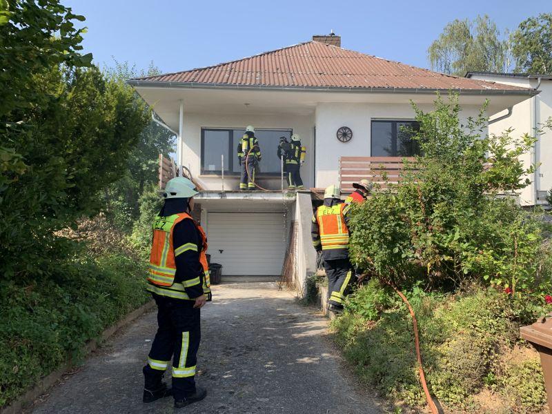 25.07.-1630-Uhr-Brandeinsatz-Wohngebäude-Offheimer-Straße-3