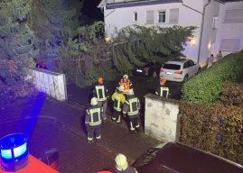 Arbeitsreiche Sturm-Nacht für die Feuerwehr
