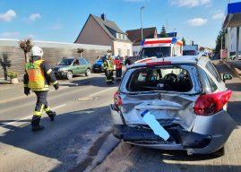 Schwerer Verkehrsunfall mit 4 Verletzten